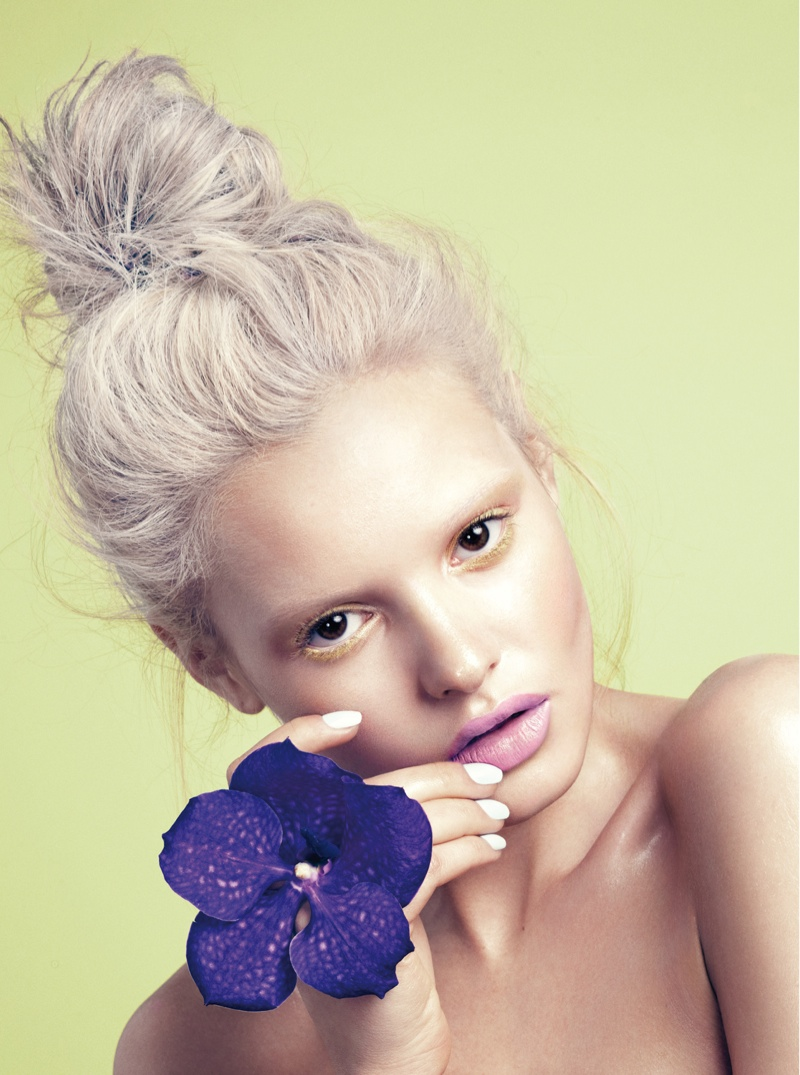 paige reifler model4 Flower Girl: Paige Reifler for Elle Vietnam Beauty by Stockton Johnson