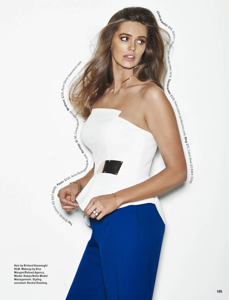 robyn lawley curves6 Robyn Lawley Wears Off Duty Style in Cosmopolitan Australia Spread