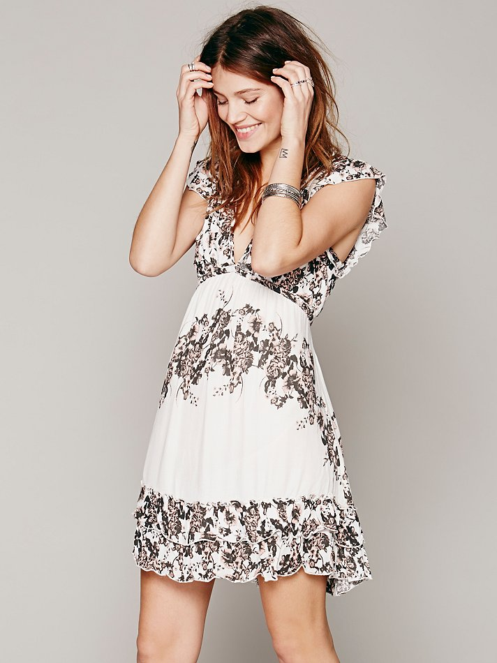rose print dress 5 Spring Dresses to Get Right Now