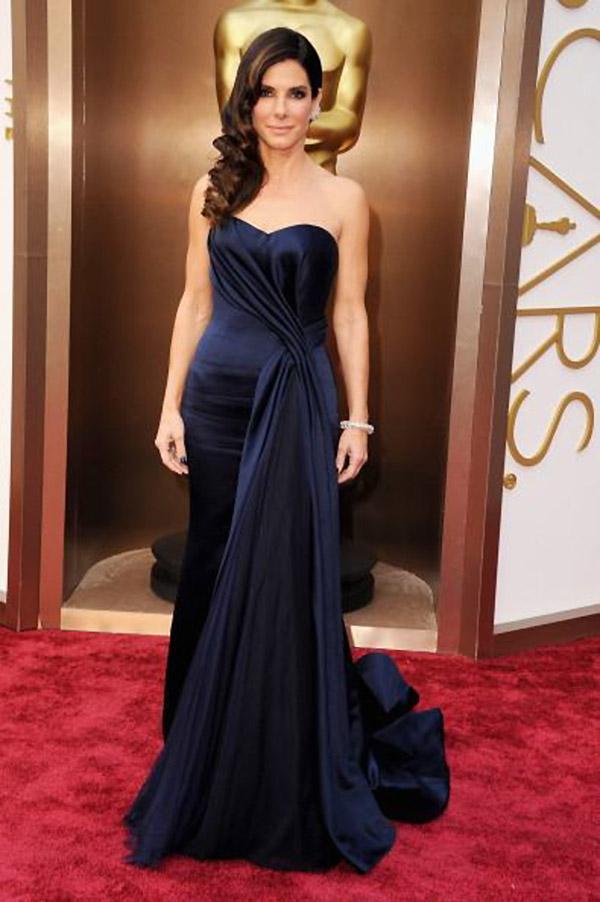 sandra bullock mcqueen oscars 2014 Oscars Red Carpet Looks