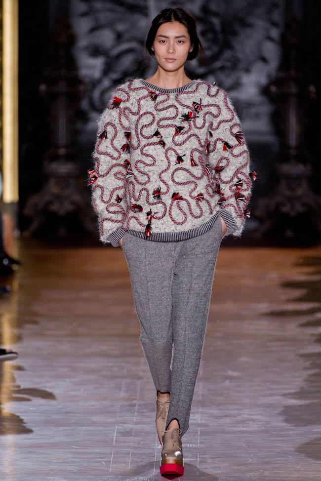 stella mccartney fall winter 2014 show15 Stella McCartney Fall/Winter 2014 | Paris Fashion Week