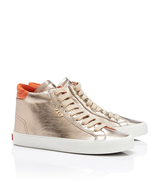 Sneaker Time: 5 Womens Sneaker Styles for Spring