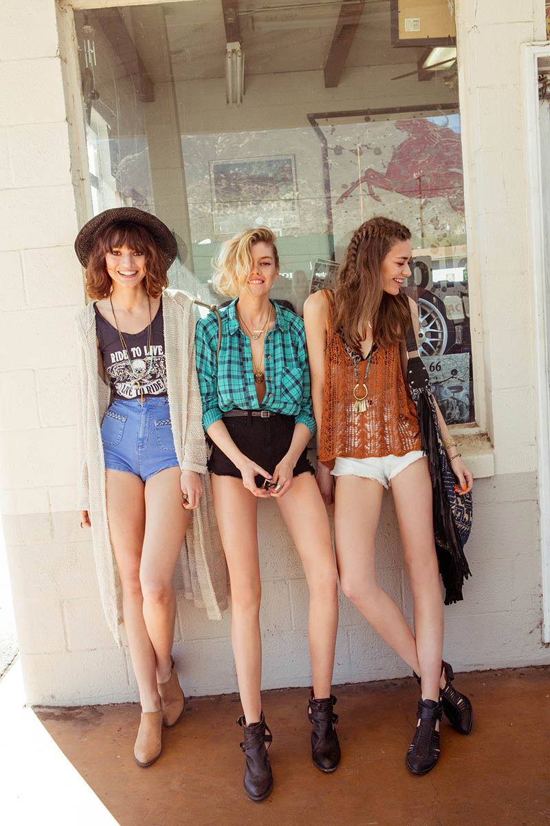 uo wild at heart14 Wild at Heart: Urban Outfitters New Spring Shoot