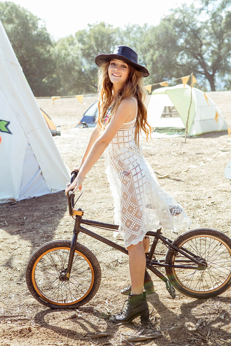 uo wild at heart20 Wild at Heart: Urban Outfitters New Spring Shoot