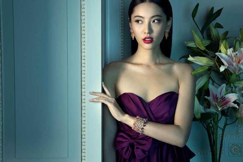 van cleef arpels pierres de caractre7 Du Juan + Bonnie Chen Shine in Van Cleef & Arpels Shoot by Richard Ramos