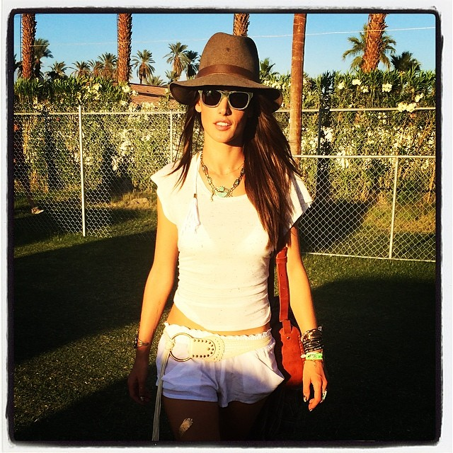 ale coachella2 Model Style at Coachella: Barbara Palvin, Alessandra Ambrosio + More