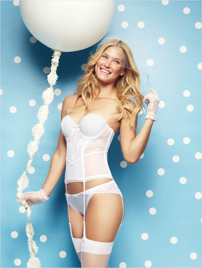 bar refaeli passionata spring 2014 2 Bar Refaeli Gets Fun, Flirty in Passionata Spring 2014 Ads