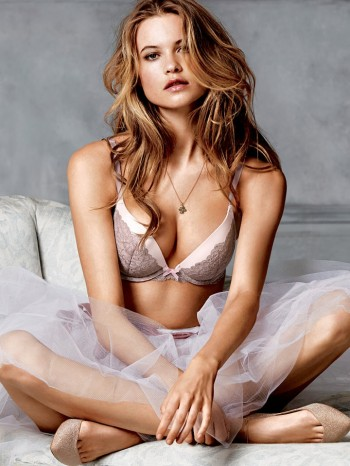 behati-prinsloo-victorias-secret-photo-shoot5