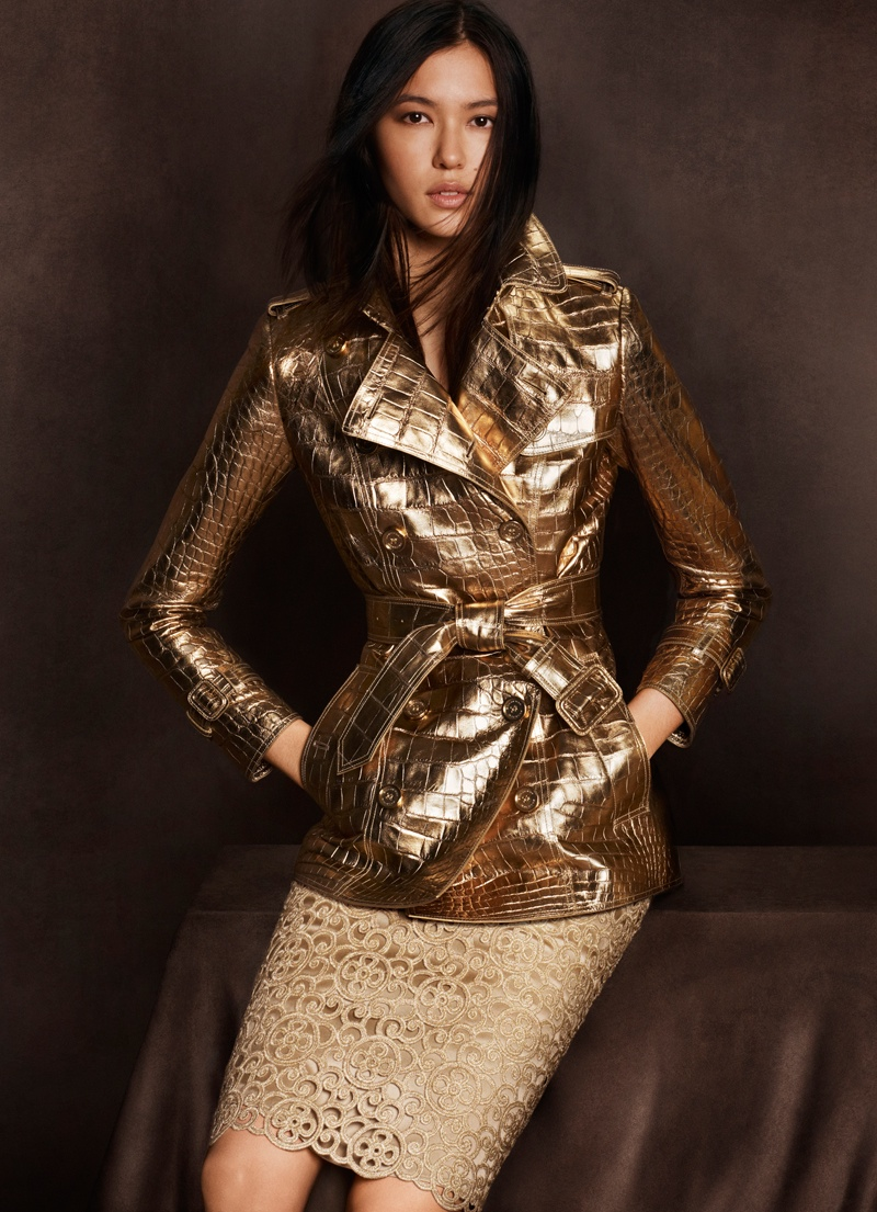 burberry shanghai capsule collection 2014 3 Burberry Goes for Gold with Exclusive Kerry Centre Collection