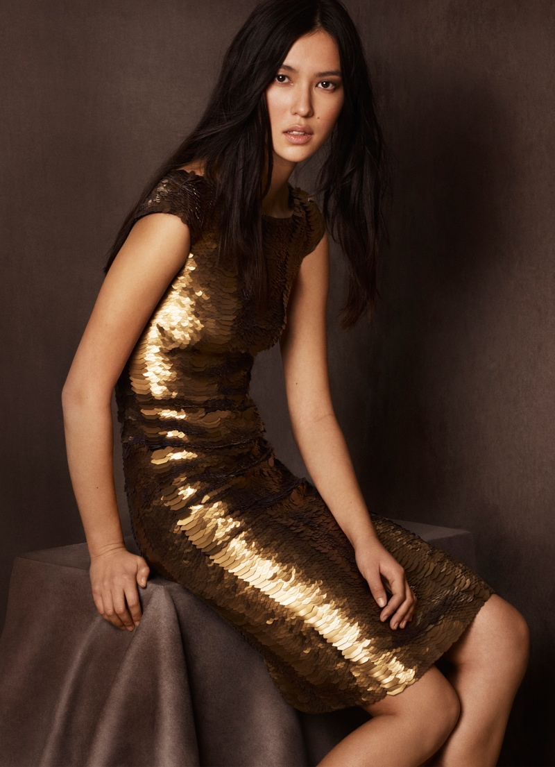 burberry shanghai capsule collection 2014 4 Burberry Goes for Gold with Exclusive Kerry Centre Collection