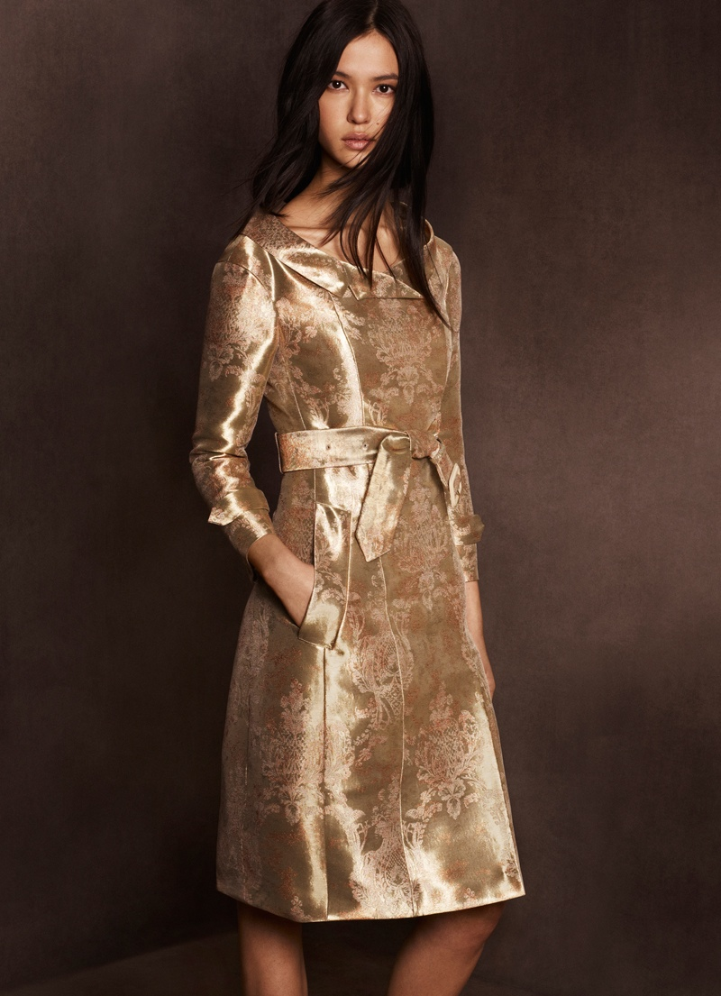 burberry shanghai capsule collection 2014 5 Burberry Goes for Gold with Exclusive Kerry Centre Collection