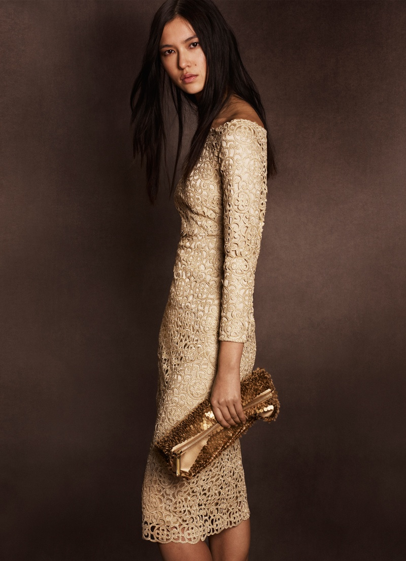 burberry shanghai capsule collection 2014 6 Burberry Goes for Gold with Exclusive Kerry Centre Collection