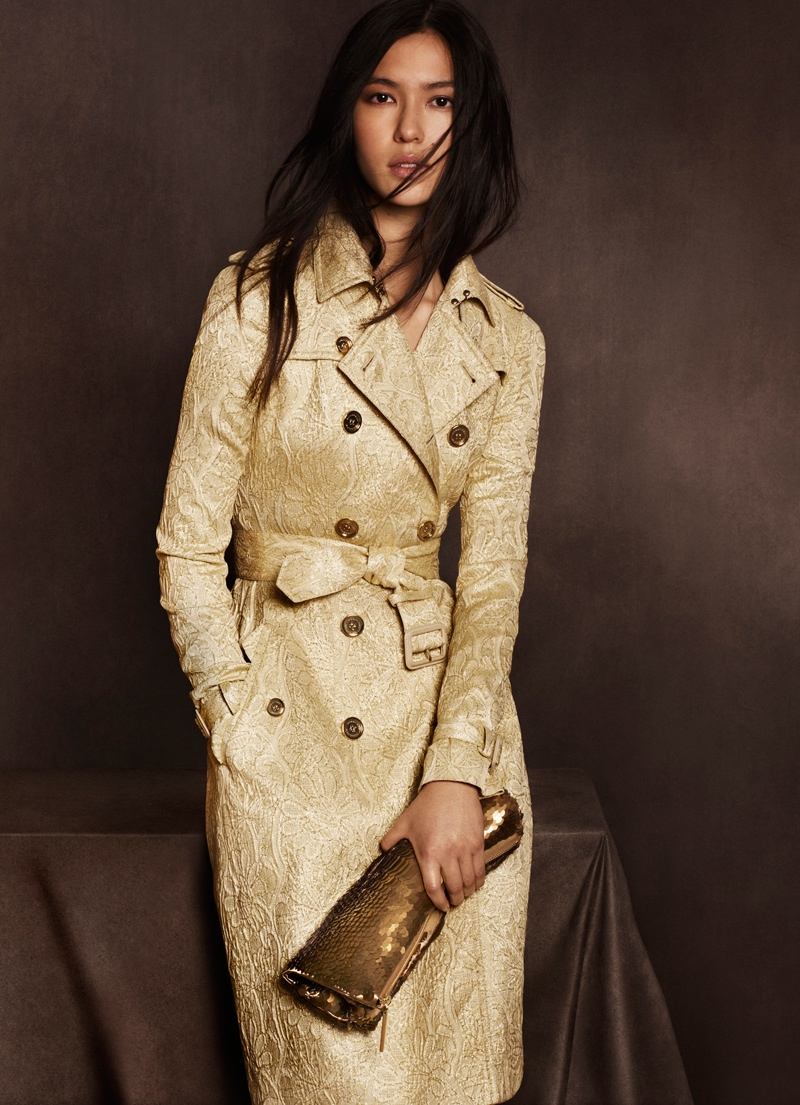 burberry shanghai capsule collection 2014 7 Burberry Goes for Gold with Exclusive Kerry Centre Collection
