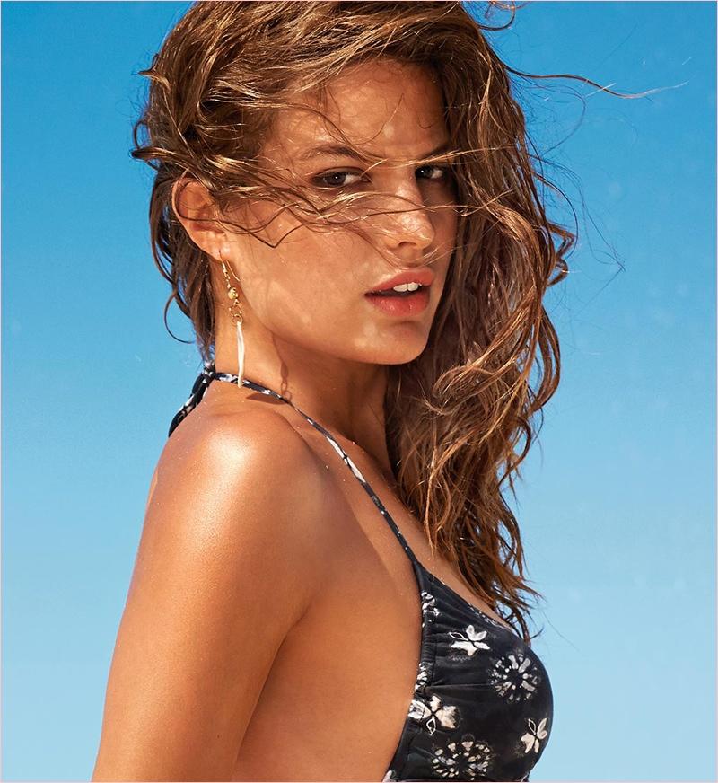 cameron russell bikini calzedonia 2014 6 Golden Sun: Cameron Russell Models Calzedonia Bikinis in New Shoot