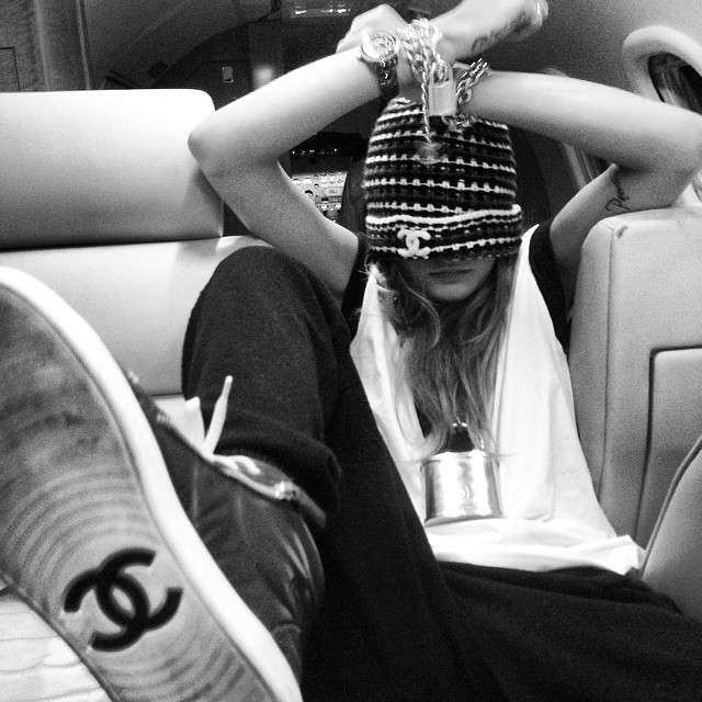 Cara Delevingne shows her Chanel love