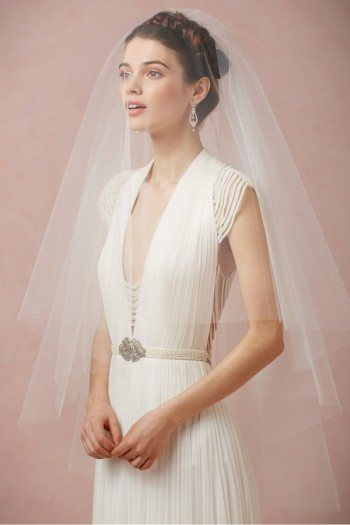 7 Amazing Bridal Veils & Hair Accessories for Wedding Glamour