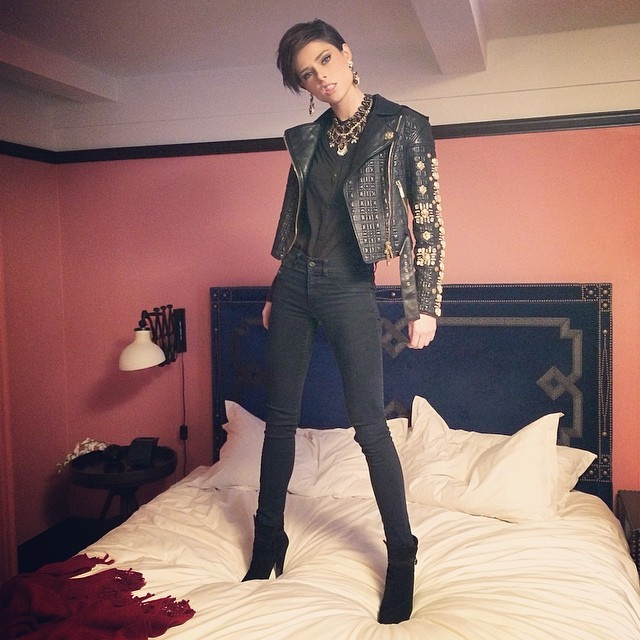 Coco Rocha gets rebellious in leather jacket