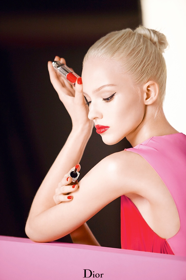 dior addict fluid stick sasha luss2 Sasha Luss Shines in Dior Addict Fluid Stick Ad Campaign