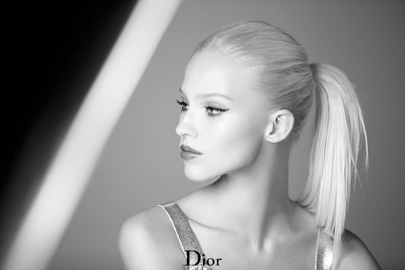 dior addict fluid stick sasha luss3 Sasha Luss Shines in Dior Addict Fluid Stick Ad Campaign