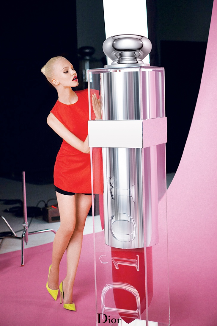 dior addict fluid stick sasha luss4 Sasha Luss Shines in Dior Addict Fluid Stick Ad Campaign