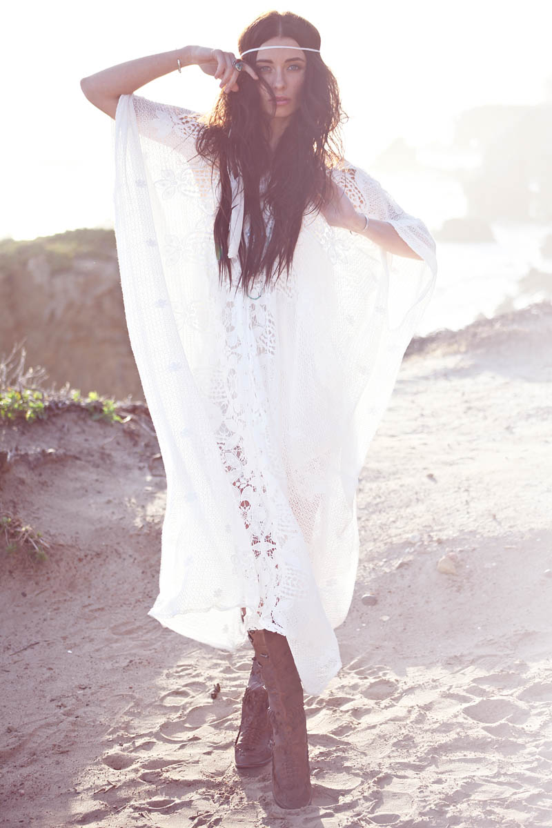 free people bridal shoot7 Free Peoples Untraditional Wedding Inspiration in I Do Shoot