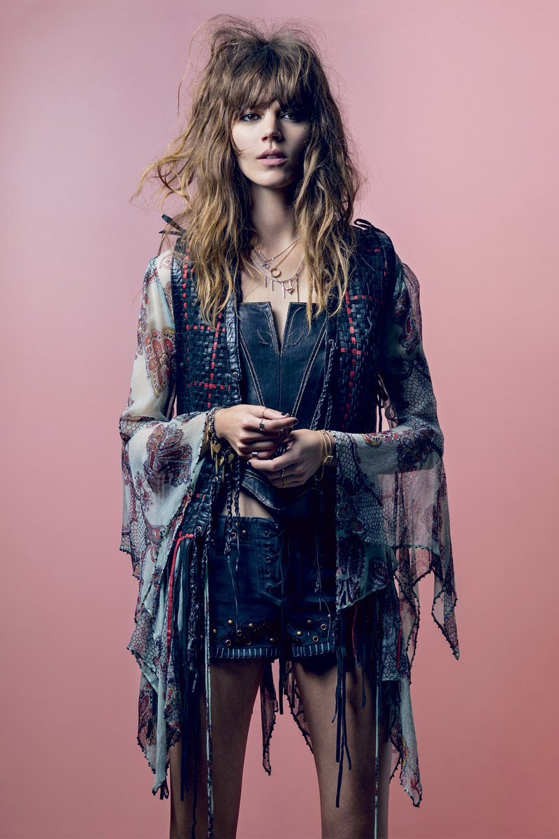 freja beha kate moss topshop Kate Moss, Freja Beha Wear Kates Topshop Collection for Vogue UK