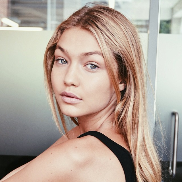 Gigi Hadid shows off a fresh faced look in London