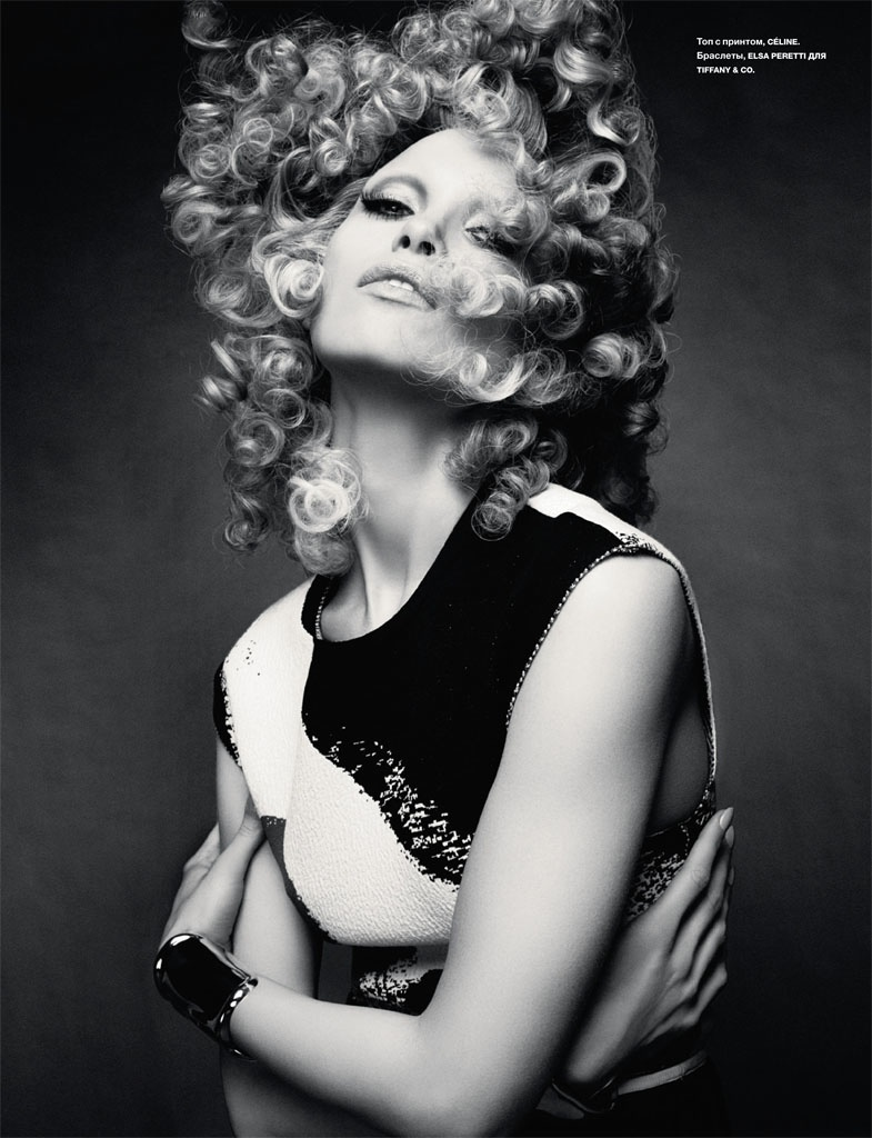 hana jirickova 2014 photos4 Hana Jirickova Rocks Curly Hair in Numero Russia Spread by David Roemer