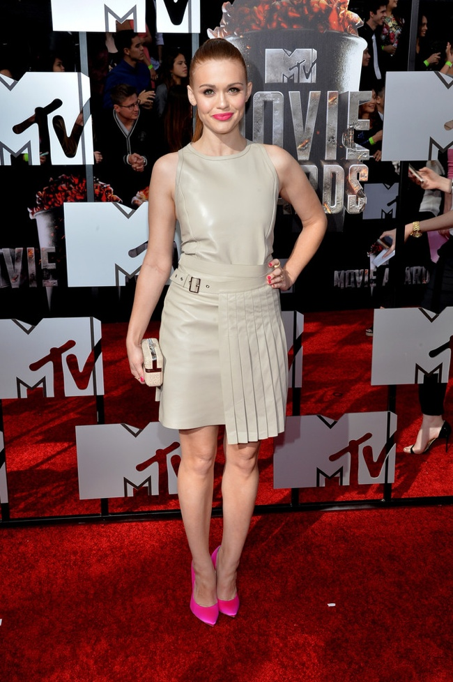 holland roden salvatore ferragamo mtv movie awards 2014 MTV Movie Awards Red Carpet Style