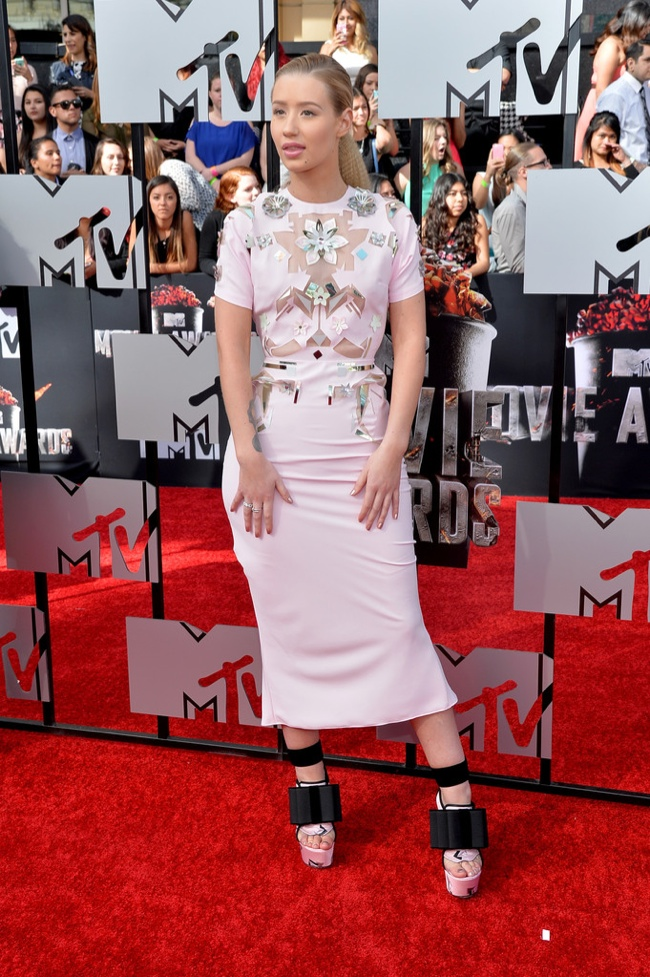 iggy azalea mtv movie awards john galliano 2014 MTV Movie Awards Red Carpet Style