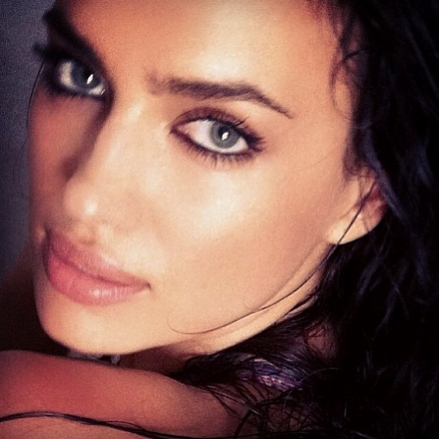 Irina Shayk shares a closeup with her followers