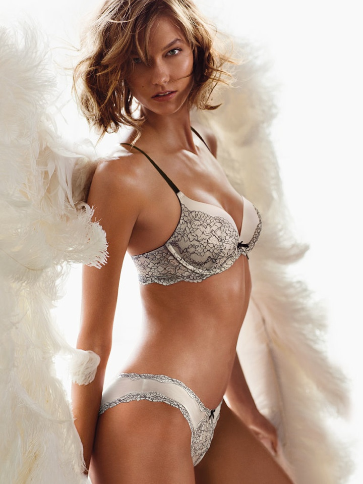 karlie vs angel heavenly scent2 Karlie Kloss Wears Wings (and Little Else) in Victorias Secret Heavenly Fragrance Ad