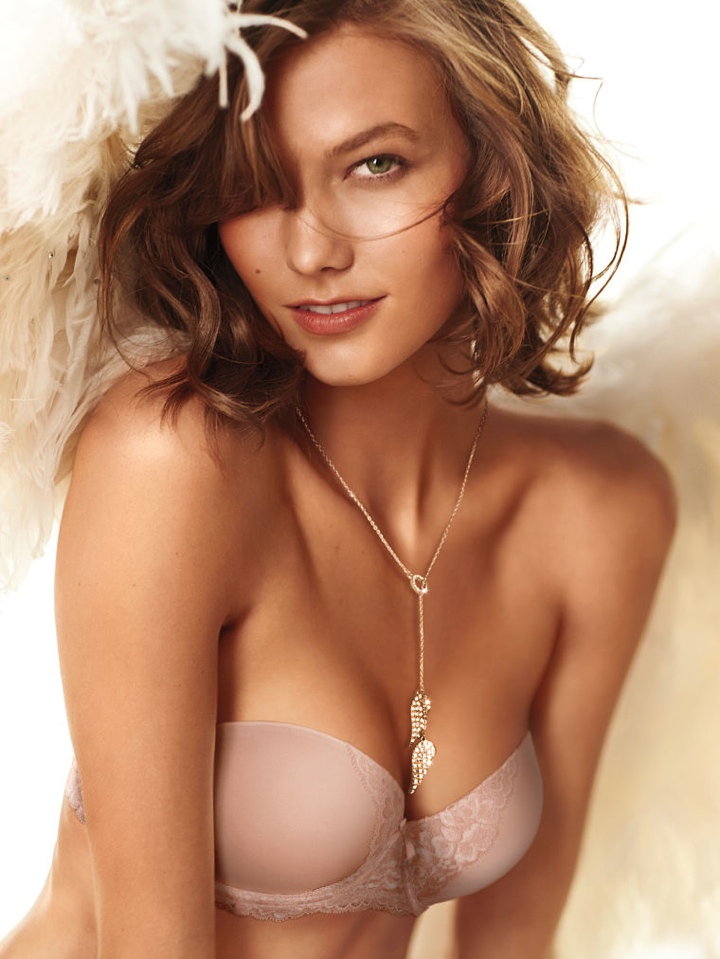 karlie vs angel heavenly scent3 Karlie Kloss Wears Wings (and Little Else) in Victorias Secret Heavenly Fragrance Ad