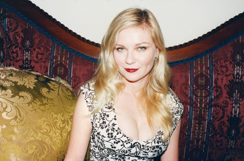 kirsten dunst juergen teller2 Kirsten Dunst Embraces Summer for W Shoot by Juergen Teller