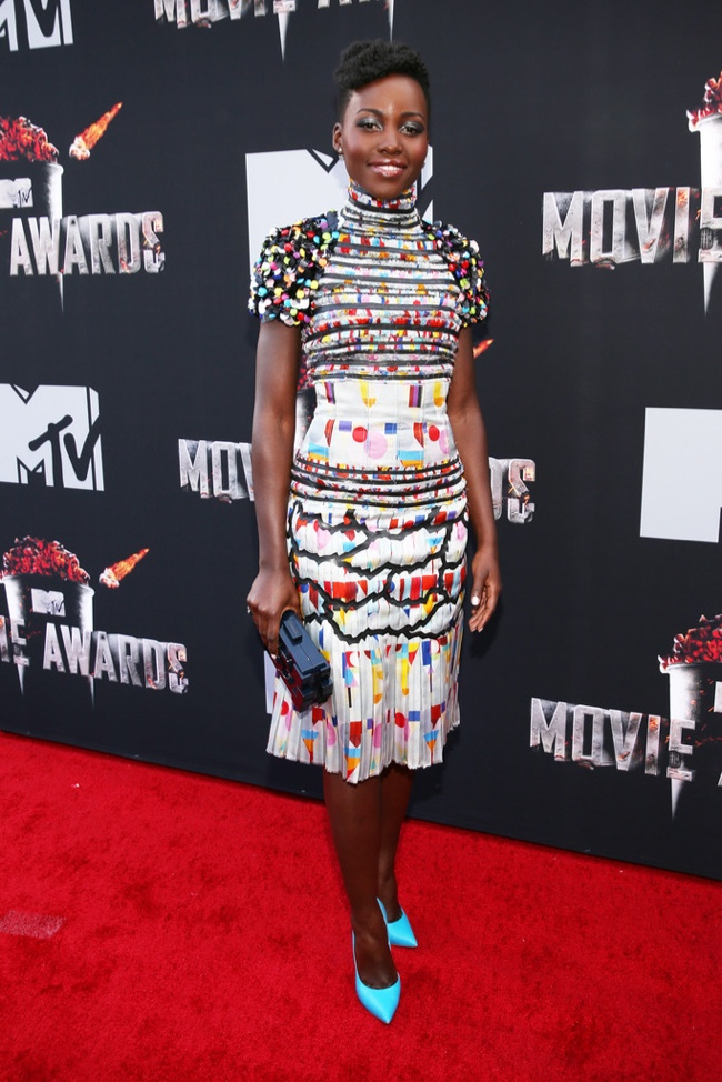 Lupita Nyong'o wears the artful prints trend