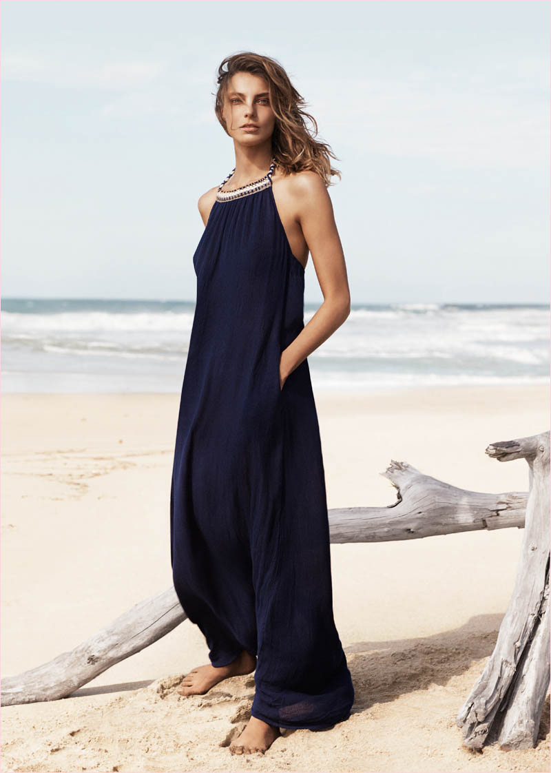 mango summer 2014 daria werbowy photos1 Daria Werbowy Hits the Beach in Mangos Summer 2014 Catalogue