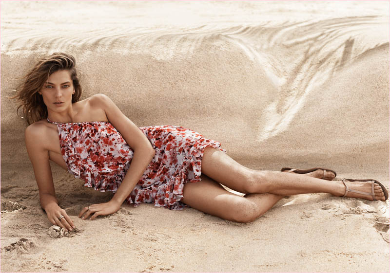mango summer 2014 daria werbowy photos12 Daria Werbowy Hits the Beach in Mangos Summer 2014 Catalogue