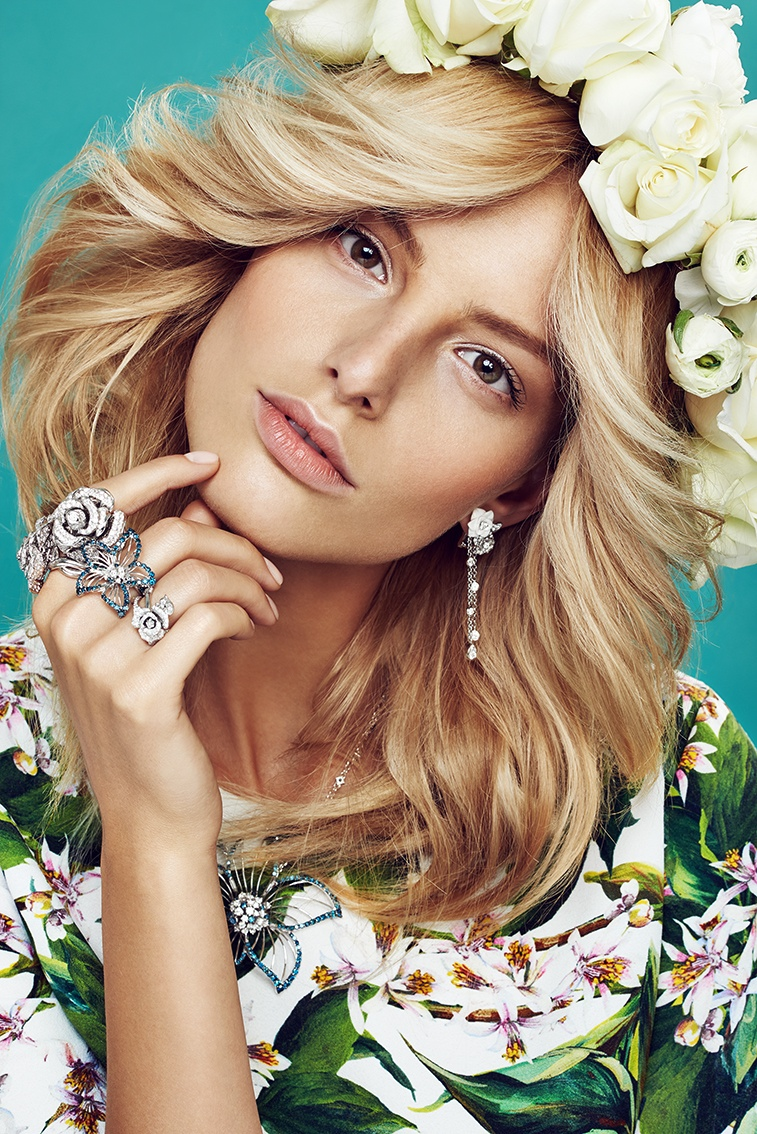 michaela flower beauty 5 Spring Flowers: Michaela Kocianova Charms for Elle Czech by Branislav Simoncik