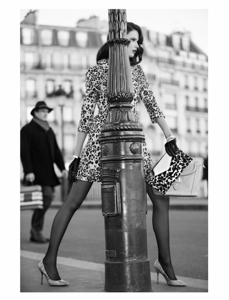 paris fashion shoot4 Paris Girl: Pauline Moulettes Poses for Michelle Du Xuan in LOfficiel China