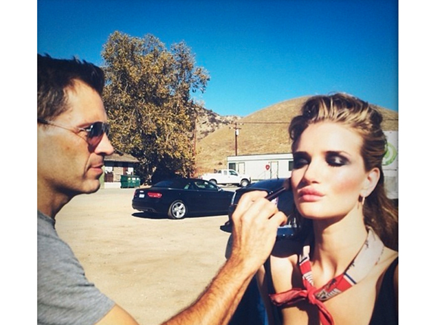rosie bts Rosie Huntington Whiteley is Seductive in Burberry on Jalouse May 2014 Cover