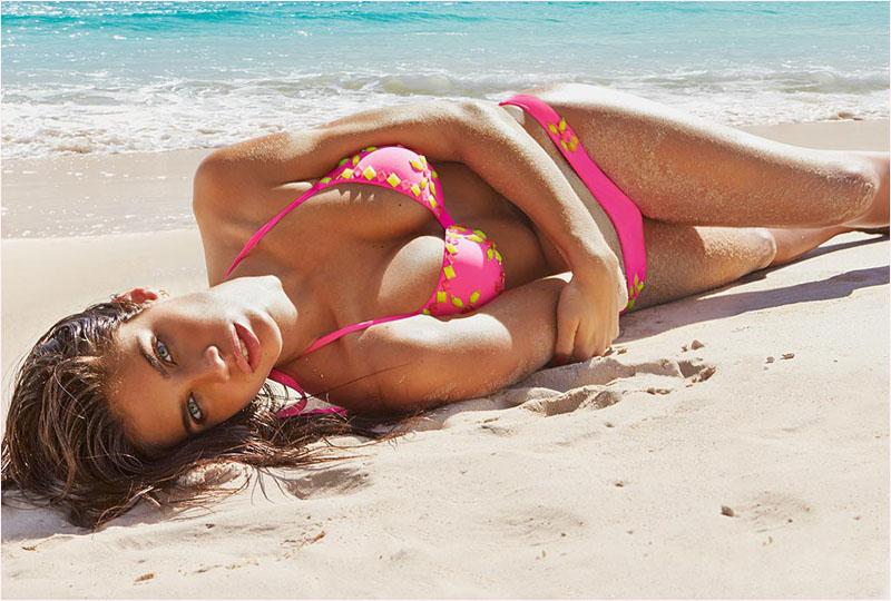 sara-sampaio-calzedonia-swimsuit-2014-campaign1
