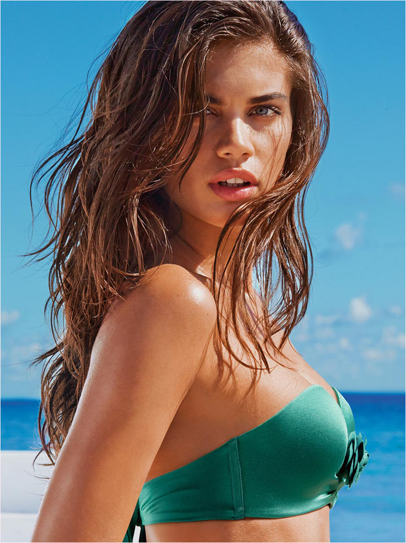 sara sampaio calzedonia swimsuit 2014 campaign14 Sara Sampaio Heats Up Calzedonias Summer 2014 Swimwear Campaign