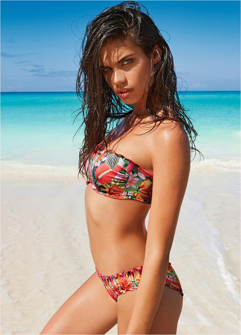 sara sampaio calzedonia swimsuit 2014 campaign7 Sara Sampaio Heats Up Calzedonias Summer 2014 Swimwear Campaign