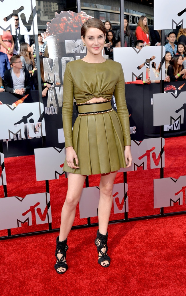 shailene woodley balmain mtv 2014 MTV Movie Awards Red Carpet Style