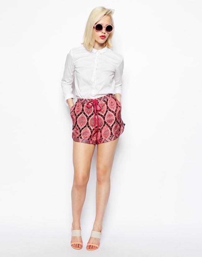 shorts-paisley-print