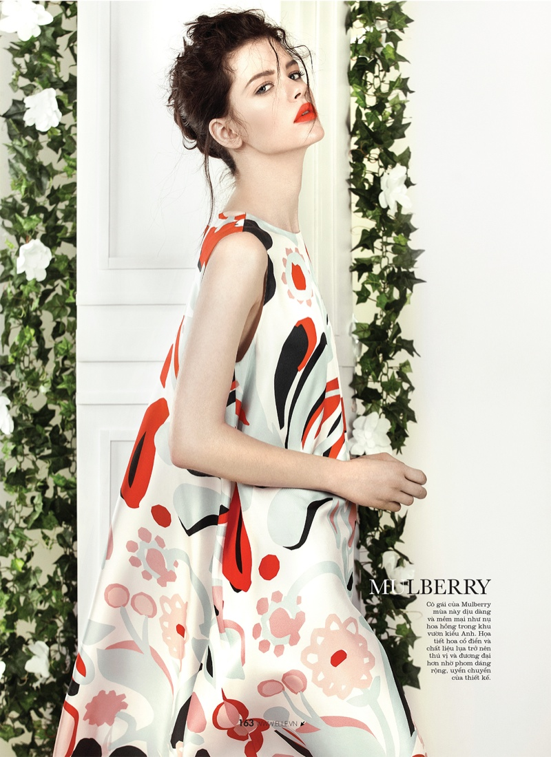 spring collections elle6 Looks to Love: Isabelle Nicolay in the Spring Collections for Elle Vietnam