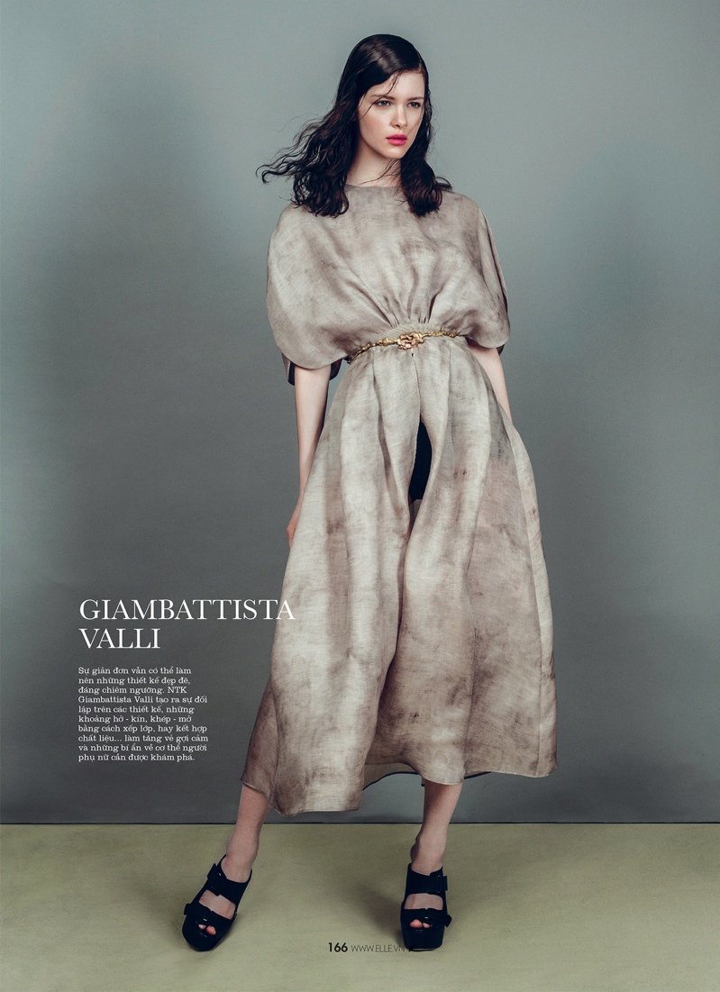spring collections elle9 Looks to Love: Isabelle Nicolay in the Spring Collections for Elle Vietnam
