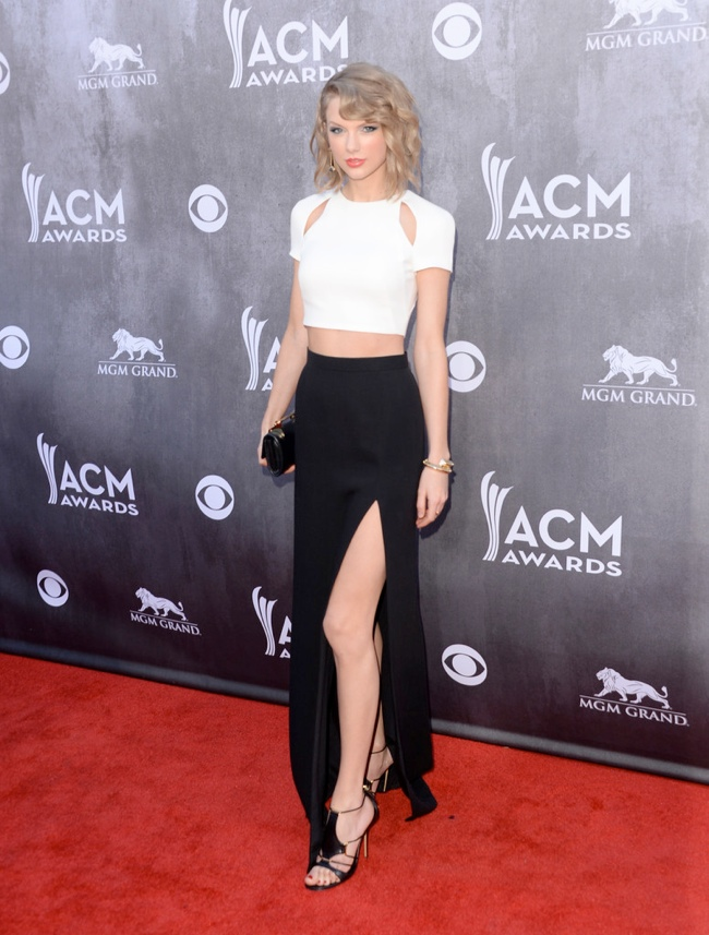 taylor swift j mendel country music awards Taylor Swift Rocks J. Mendel at the 49th Annual Academy of Country Music Awards