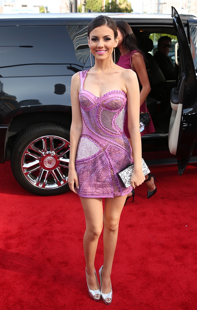victoria justice mtv awards 2014 MTV Movie Awards Red Carpet Style