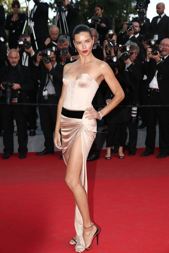 Adriana Lima wore a nude Alexandre Vauthier Couture dress
